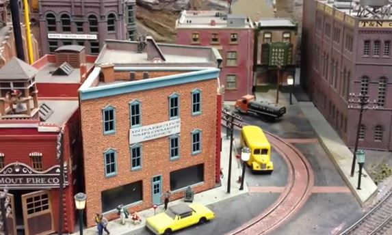 buildings for scale model trains